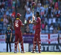 Chris Gayle proves yet again why he is 'Universal Boss'