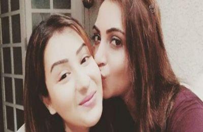 Arshi Khan follows footsteps of Bigg Boss 11 winner Shilpa Shinde, joins politics
