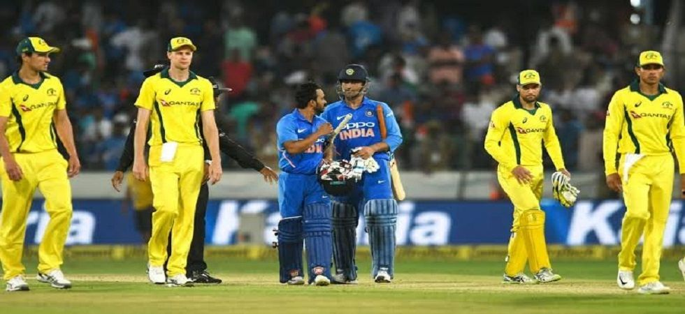 MS Dhoni and Kedar Jadhav's brilliant partnership in Hyderabad helped India win the Hyderabad ODI against Australia by six wickets. (Image credit: Twitter)
