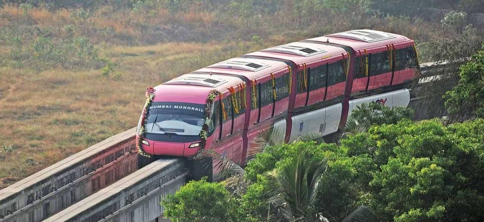 Mumbai monorail network flagged off by CM Devendra Fadnavis (File Photo)