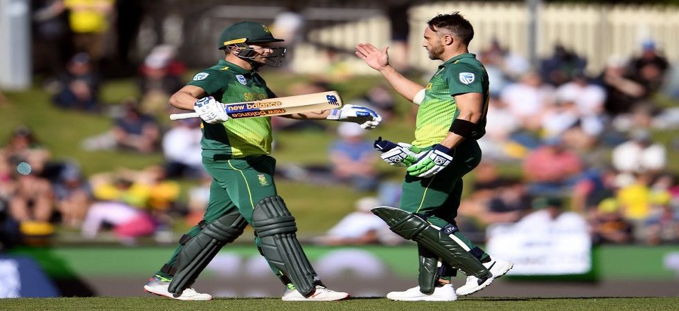 Tahir took three for 26 in ten overs as Sri Lanka were bowled out for 231 after being sent in on a good batting pitch (Photo: File)
