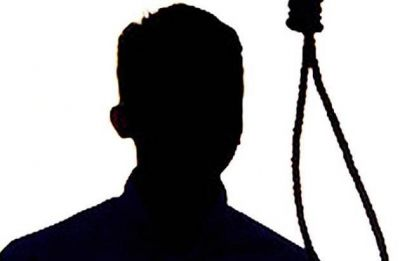 Documentary filmmaker hangs self in Kolkata flat; Twitter calls him #MeToo victim