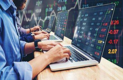 Sensex, Nifty turn negative on weak global cues