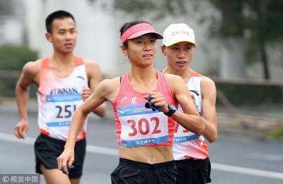 China's Liu Hong registers a new world record