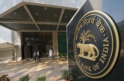 RBI slaps penalties on 36 banks for non-compliance in SWIFT operations
