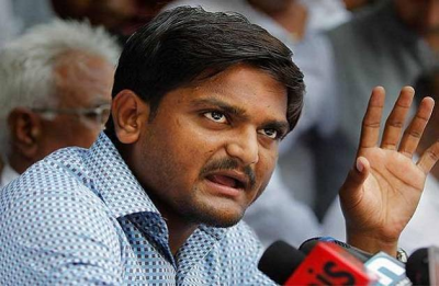 Hardik Patel joins Congress, but fighting Lok Sabha polls possible only after clearing legal hurdles