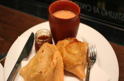 This poll season, candidates serving chai-samosa to supporters must check with Election Commission first!
