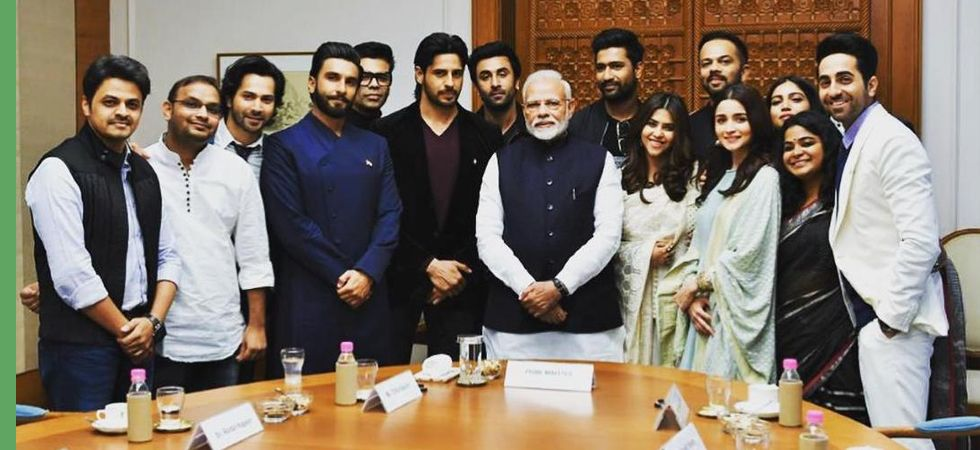 PM Modi with Bollywood celebrities (File Image)