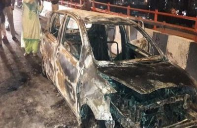 Car catches fire near Delhi's Akshardham temple