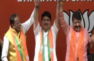 Mamata Banerjee fails to stop MLAs' exodus, Trinamool's Arjun Singh joins BJP