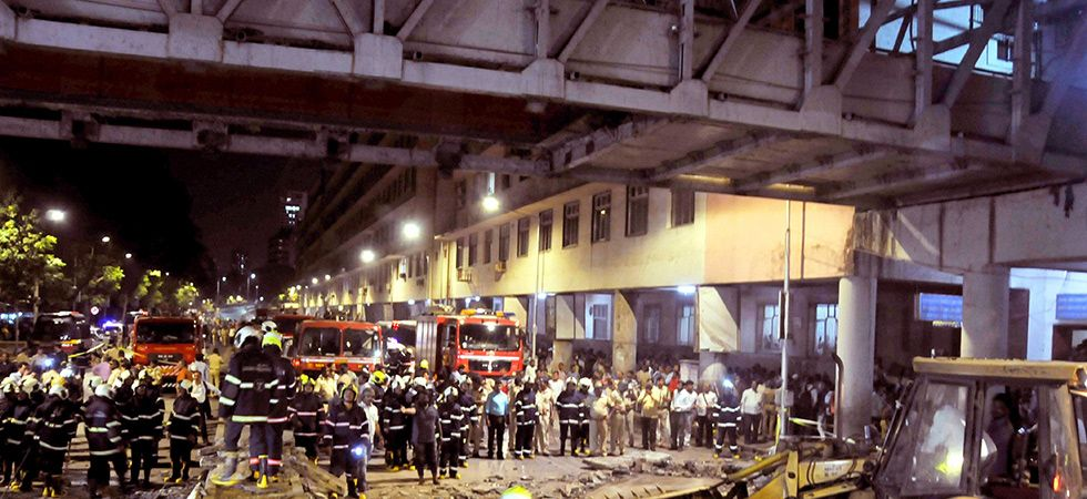 Mumbai foot overbridge collapse