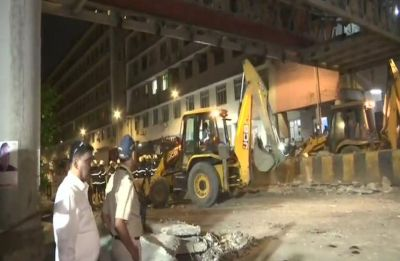 Mumbai foot overbridge collapse: Police issue traffic advisory