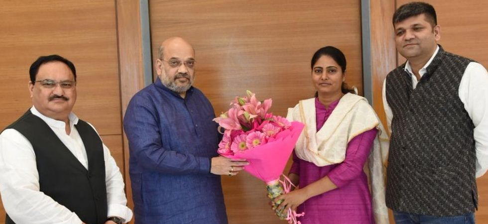 2019 Lok Sabha elections: Apna Dal enters into alliance with BJP, to contest on two seats