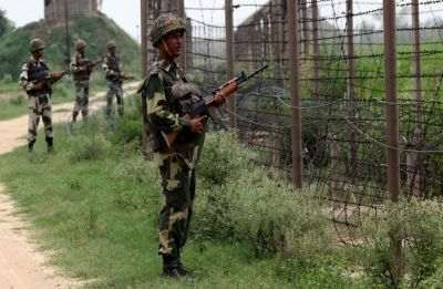 Pakistan violates ceasefire in Mankote sector of Jammu and Kashmir's Poonch