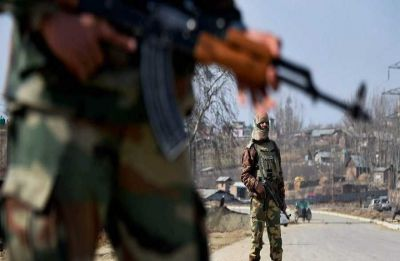 Exchange of gunshots between terrorists, security forces Kashmir's Kulgam