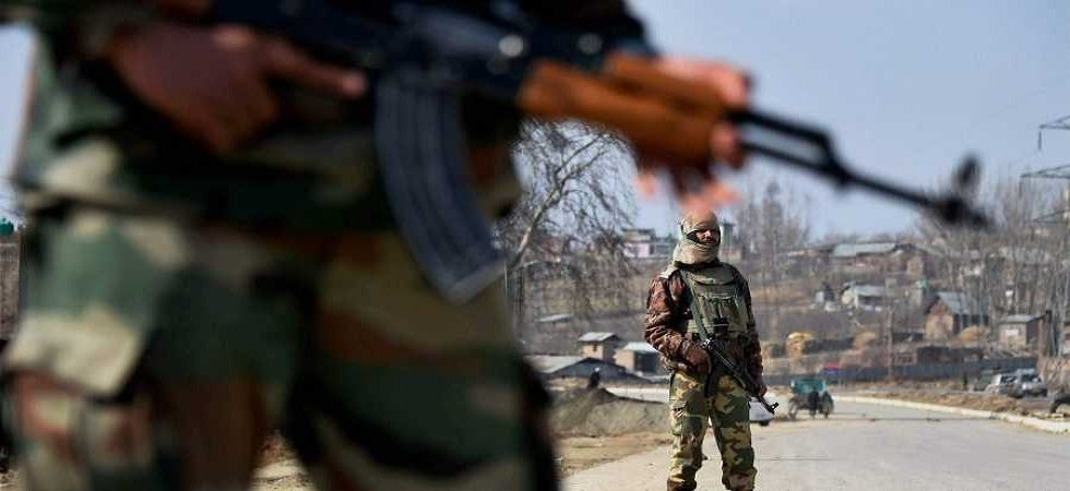 Exchange of gunshots between terrorists, security forces Kashmir's Kulgam