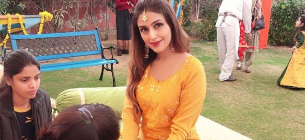 Aarti Chabria gets ENGAGED to Visharad Beedassy.