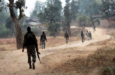 1 CRPF jawan killed, 5 injured in IED blast during encounter with Maoists in Dantewada