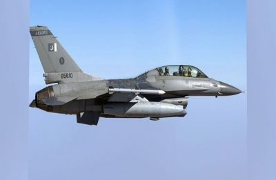 Pakistan Air Force fighter jets carry out off-runway operations on highways