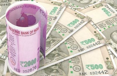 Rupee rises 6 paise to 68.57 versus dollar in early trade