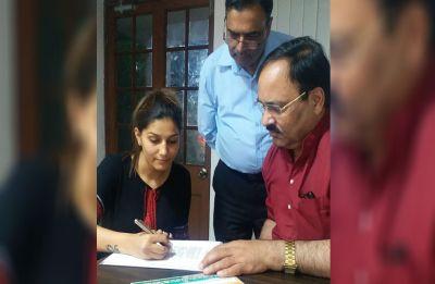 Sapna Choudhary joins Congress, likely to contest against Hema Malini from Mathura