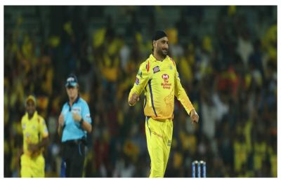 IPL 2019: Almost another Mankading, this time involving Harbhajan Singh and Shreyas Iyer