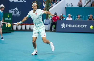 Roger Federer faces Daniil Medvedev roadblock in quest for 101st ATP title