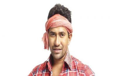 Dinesh Lal Yadav Nirhua, Bhojpuri superstar, joins BJP, may contest against SP chief Akhilesh Yadav from Azamgarh