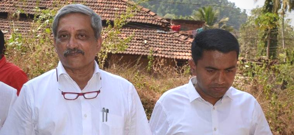 Goa Chief Minister Pramod Sawant with former chief minister and senior BJP leader Manohar Parrikar. (File photo: PTI)