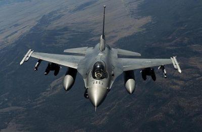 Pakistan's four F-16s detected close to Punjab border, IAF's Sukhoi, Mirage pushed them back: Reports