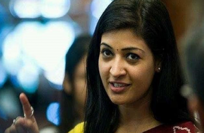 After ugly Twitter spat with AAP MLA, Alka Lamba asks public if she should resign from party