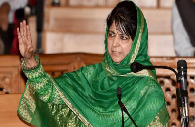 Mehbooba Mufti, Omar Abdullah welcome Congress poll promise to amend AFSPA