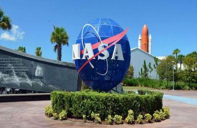NASA tests rocket engine for Moon mission
