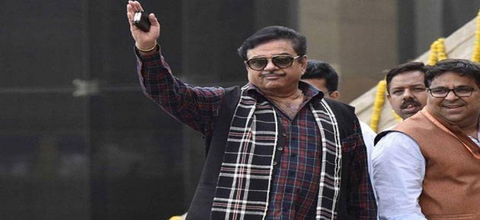 Lok Sabha Elections 2019: Shatrughan Sinha to contest from Bihar's Patna Sahib on Congress ticket
