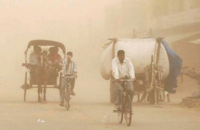 Dust storm, rain bring down mercury in Delhi-NCR, weathermen blame intense temperatures