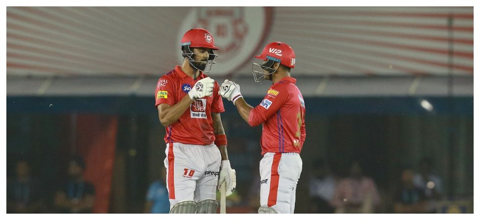 KL Rahul and Mayank Agarwal slammed fifties as Kings XI Punjab won by six wickets after David Warner's 70* helped Sunrisers Hyderabad reach 150/4. Get highlights here. (Image credit: Twitter)