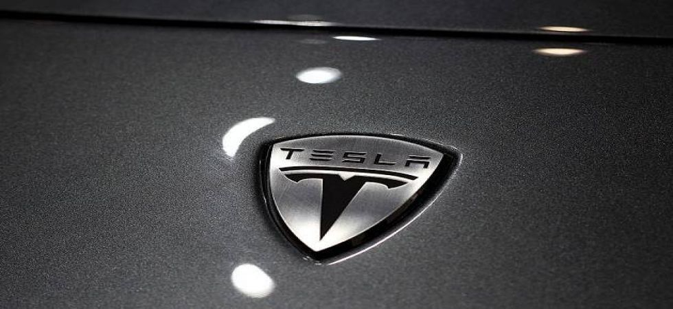 Fiat Chrysler (FCA) confirmed that it is to pay hundreds of millions of dollars to Tesla