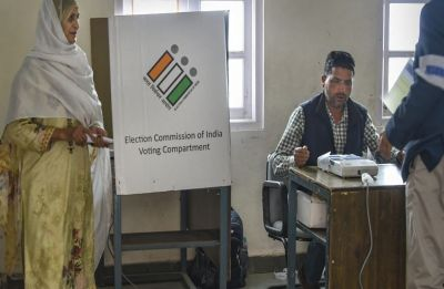 Maharashtra: 55.78 per cent voter turnout recorded in 7 LS seats, polling marred by IED blasts