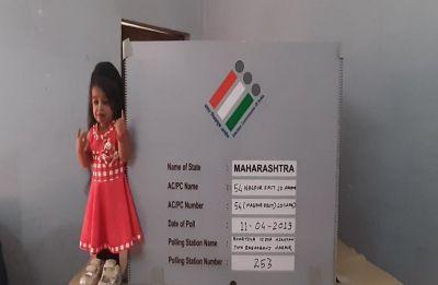 Lok Sabha Polls 2019: World's shortest woman, Jyoti Amge casts vote in Nagpur