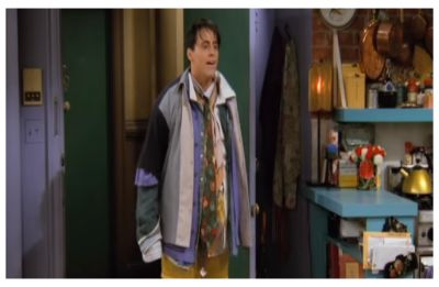 Mom channels her inner 'Joey Tribbiani', dodges extra baggage charge by wearing 4 kg clothes