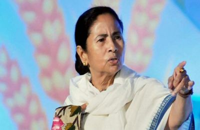 Embarrassment for Mamata Banerjee as Supreme Court slaps notice on Bengal govt over Kolkata airport incident
