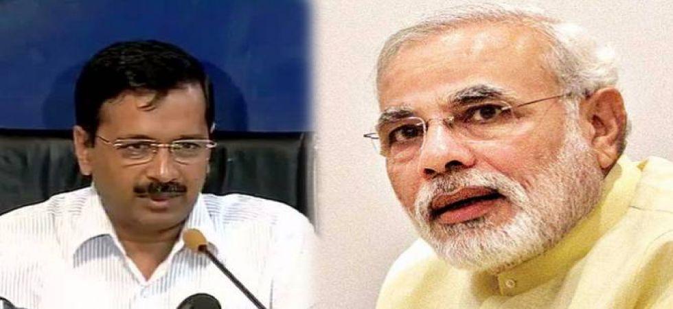 Delhi Chief Minister Arvind Kejriwal (Left), Prime Minister Narendra Modi (Right)