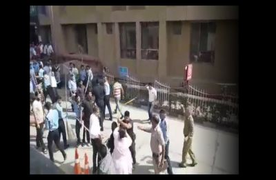 Video: Bouncers at AIIMS thrash girl patient's father for objecting to guards' lewd comments on mother