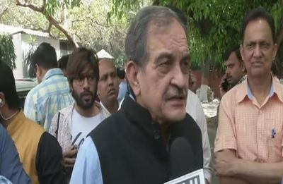 Union Minister Chaudhary Birender Singh offers to resign