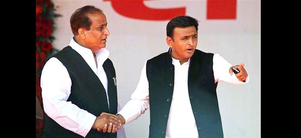 Azam Khan and Akhilesh Yadav (File Photo)