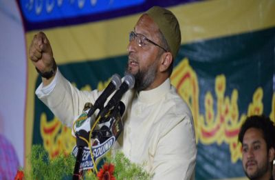You are 'king of liars': Owaisi slams PM Modi over Sadhvi Pragya's nomination