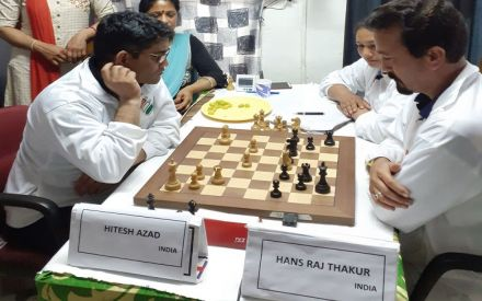 Two players play 53 hours of non-stop chess to spread Lok
