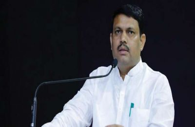 Gujarat minister likens Rahul to 'puppy', CM Rupani urges him to show restraint, Congress lashes out