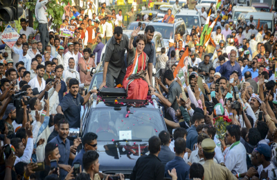 Priyanka Gandhi Vadra ready to take on PM Narendra Modi from Varanasi if...