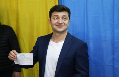 Comedian Volodymyr Zelensky wins Ukraine presidency in landslide